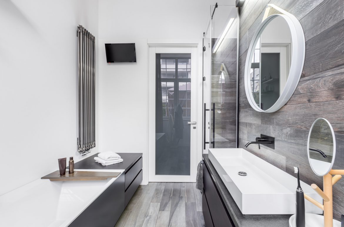 Get the Most from Your Storage Space with a Small Bathroom Remodeling